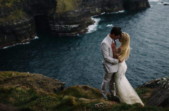 Alternative wedding photographer Intimate cliffs of Moher wedding