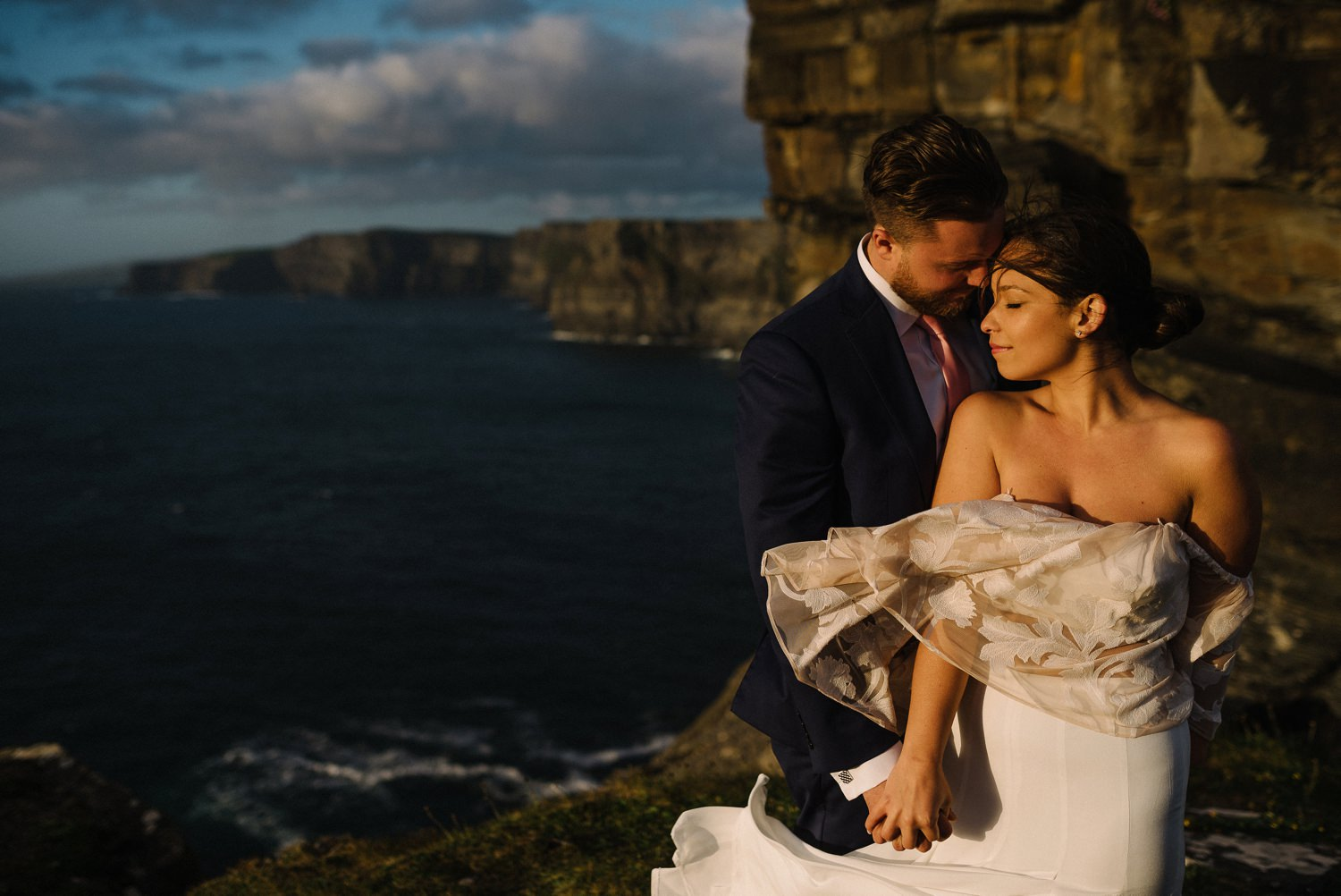 Cliffs Of Moher Elopement_0074.jpg
