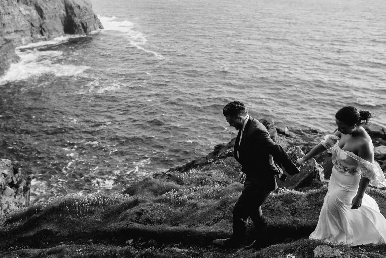Cliffs Of Moher Elopement_0087.jpg