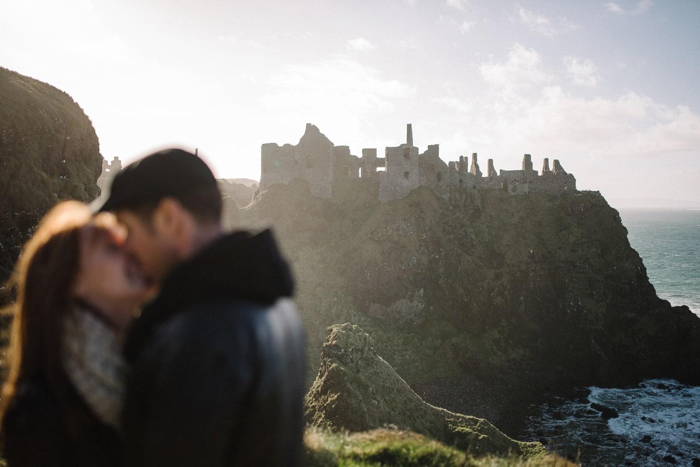 Dunluce Castle Engagement Photographer_0013.jpg