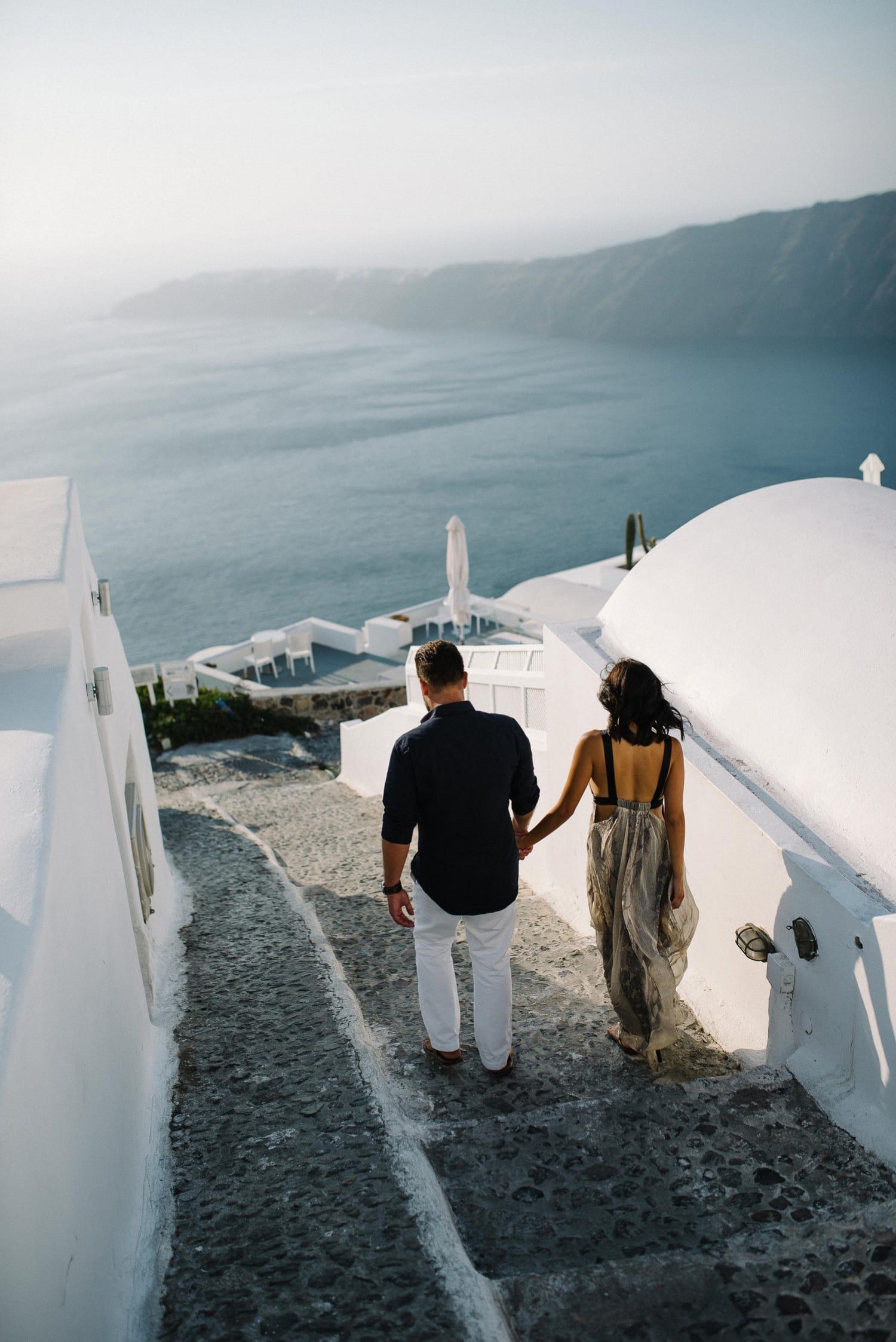 Santorini Engagement Photographer_0003.jpg