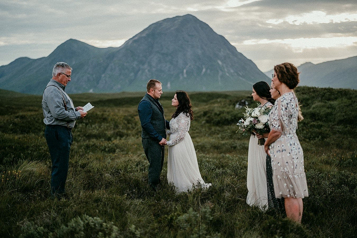 elopement ceremony ideas to have the best adventure elopement ever!